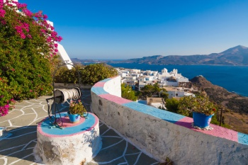 3* Greek Island Hopping - Athens-Milos-Santorini (7 Nights)