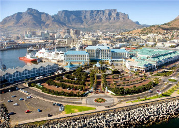 The Table Bay, Cape Town.